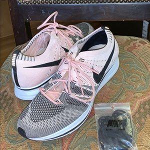 Nike Flyknit trainer size 11
